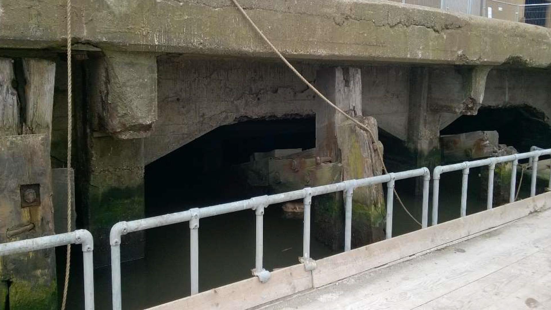 Hydro Demolition Hull Docks